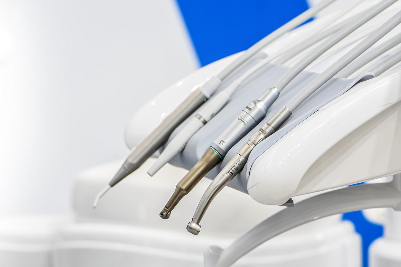 straumann implantati cena